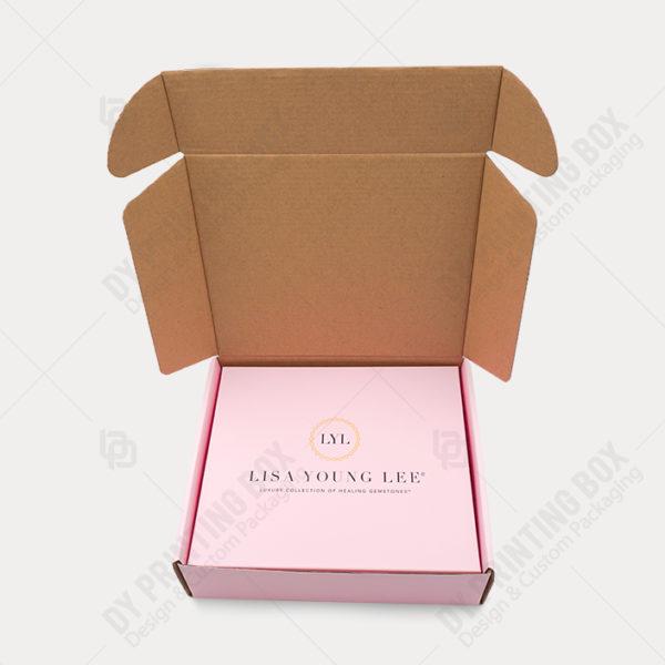 Lisa-Mailer-Box-Inside-View